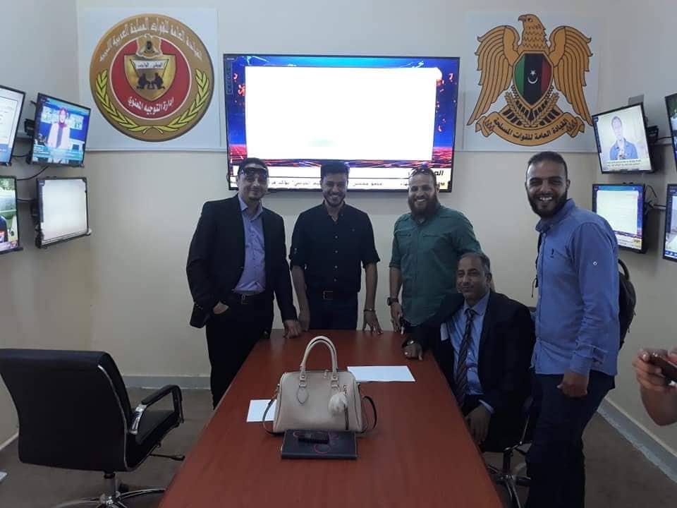 افتتاح المركز الإعلامى لغرفة عمليات الكرامة بإدارة التوجيه المعنوي في بنغازي